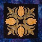hawaiian traditional quilt block with appliqued pinapples